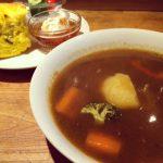 カレースープとかぼちゃスコーンと紅茶のセット